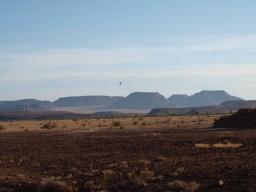 sonnenaufgang mit Heißluftballon